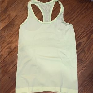 Swiftly tech lululemon tank top